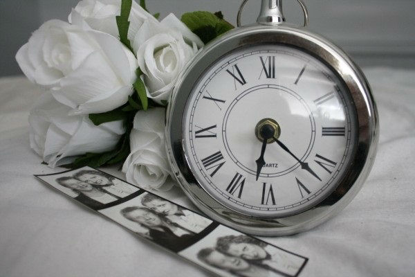 time-clock-watch-pocket-watch-hour-oclock-late